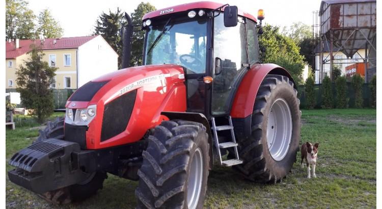 Kolový traktor Zetor Forterra 125