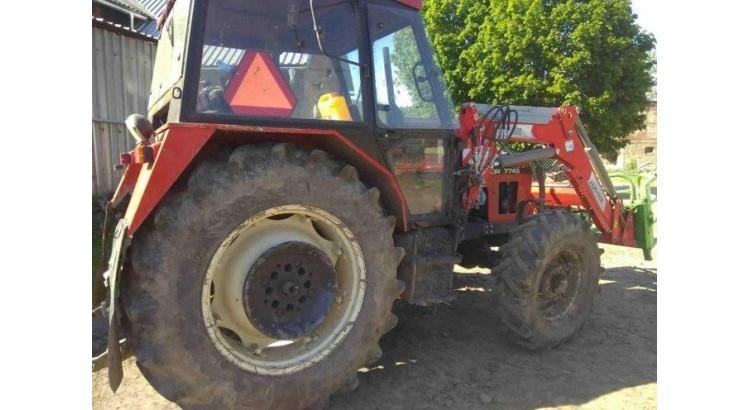 Traktor Zetor 7745