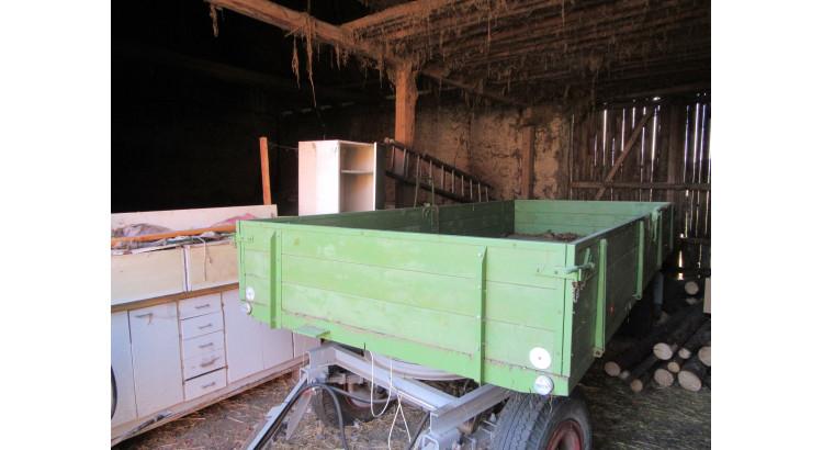Traktorový přívěs 5 tun