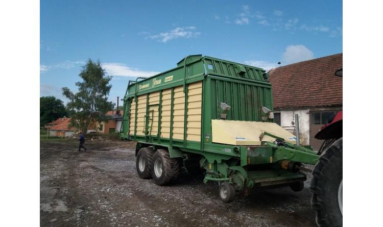 Senážní vůz Krone – Titan R 54