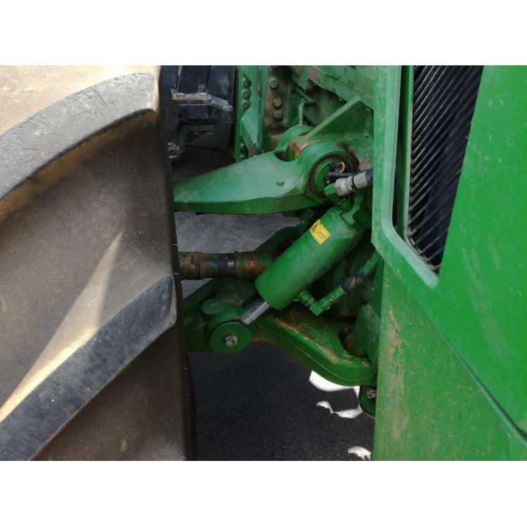 Traktor John Deere 8230