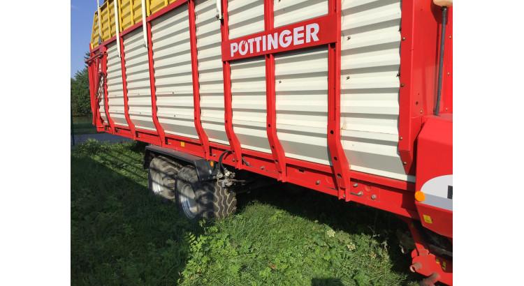 Samosběrací vůz Pöttinger Faro 8000L
