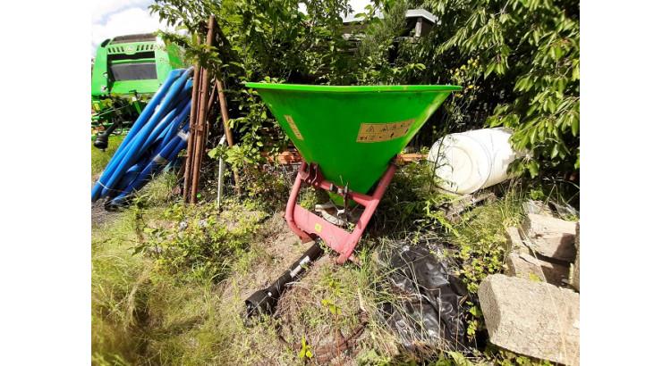 Rozmetadlo hnojiv GRASS- ROL