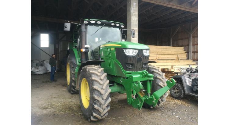 Traktor John Deere JD-6150R