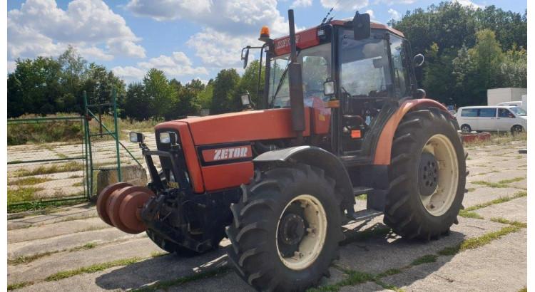 Traktor Zetor 10540