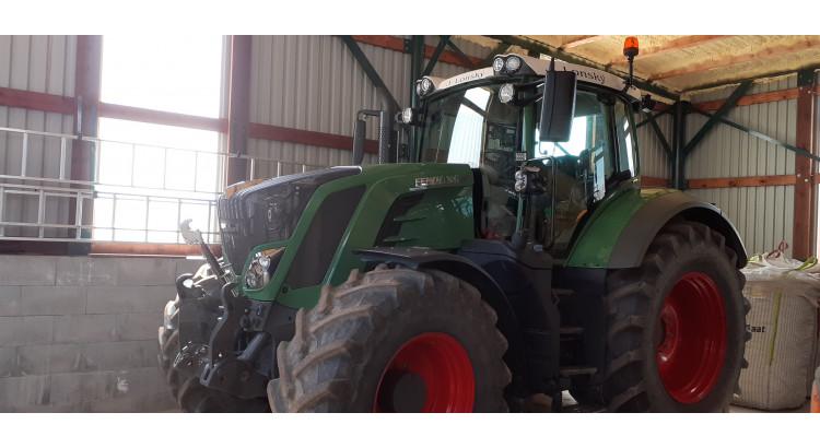 Traktor Fendt 826