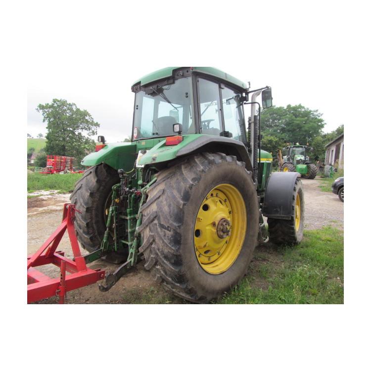 Traktor John Deere 7810