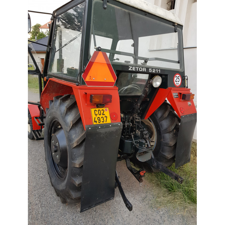 Traktor Zetor 5211