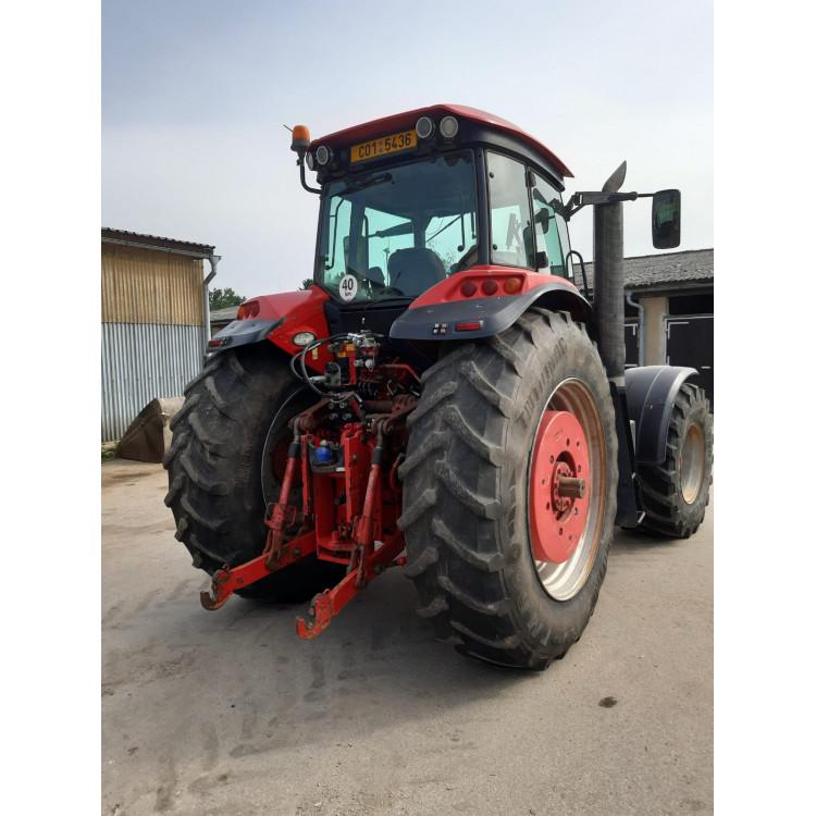 Traktor McCormick 260ZTX