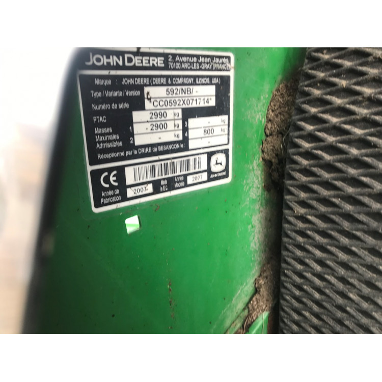 Lis John Deere 592