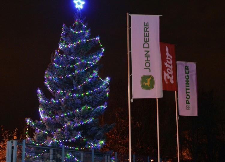 Jak jsme rozsvítili vánoční stromeček
