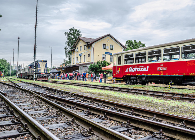 Nechte se svézt vlakem Agrozet sKPTRail