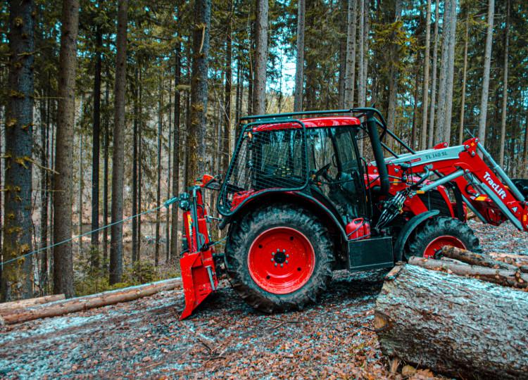 Zetor Proxima CL s lesní nástavbou_0105