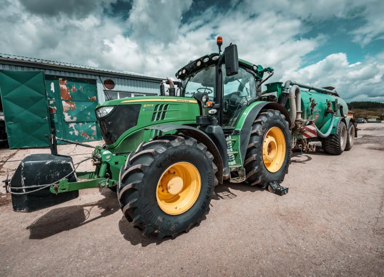 Jak správně vybrat zemědělskou pneumatiku?